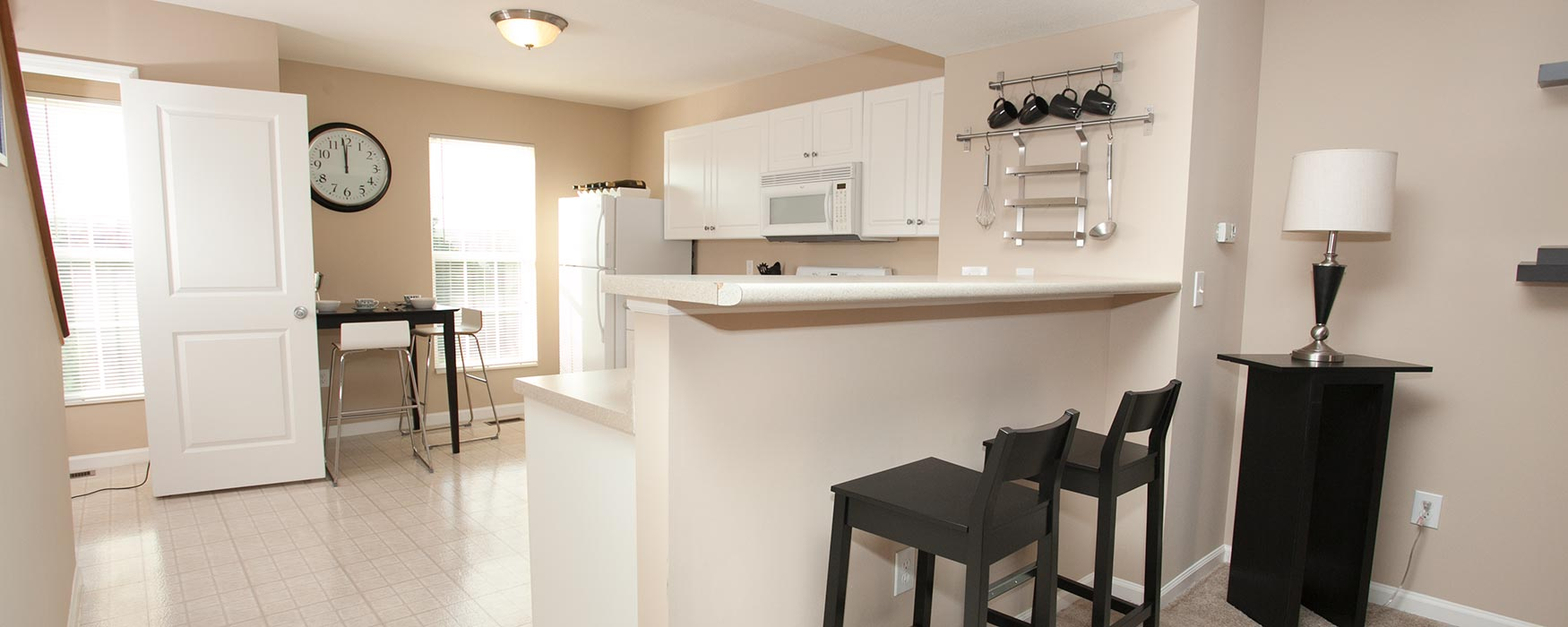 LC Hamburg Farms | Lexington Apartments | Stansbury Town Kitchen