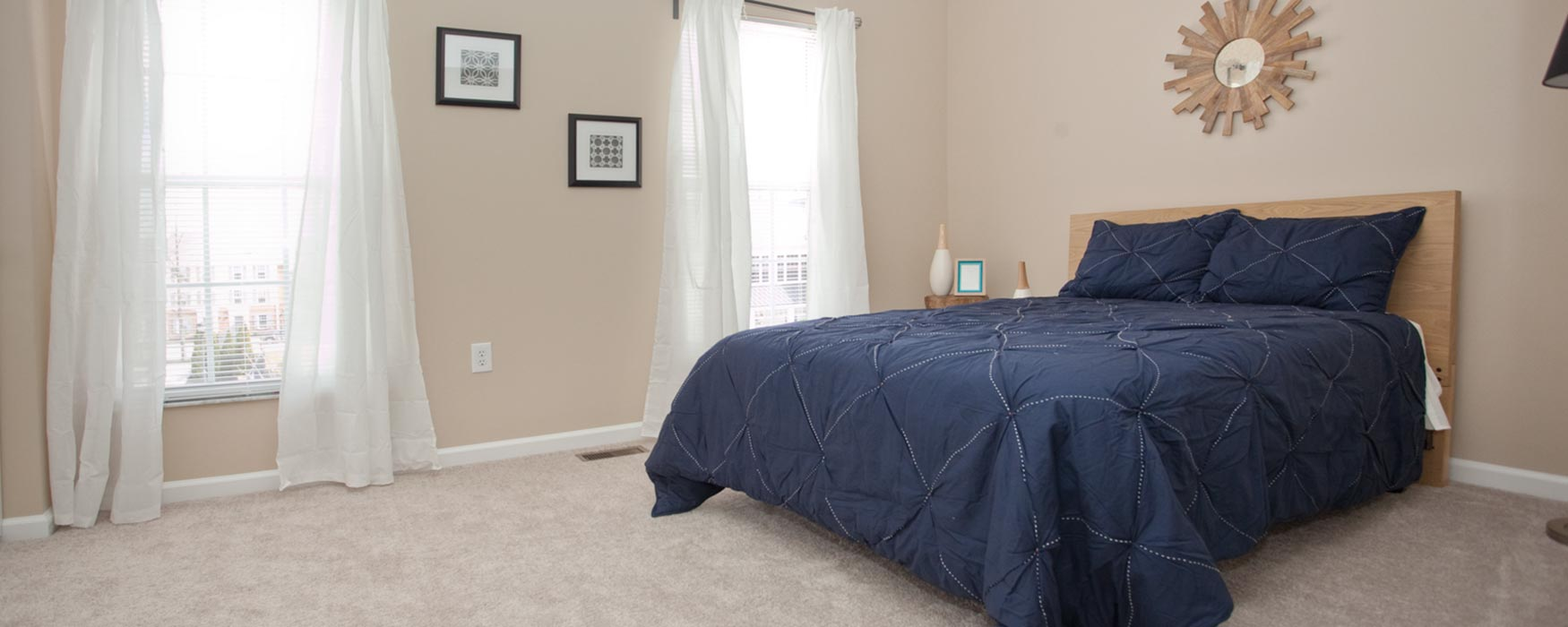 LC Hamburg Farms | Lexington Apartments | Stanton I Bedroom