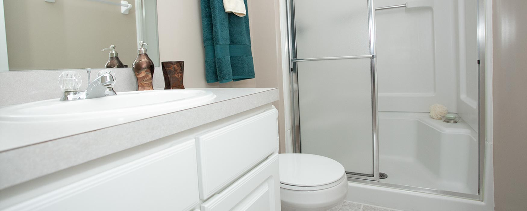 LC New Albany Park | New Albany Apartments | Chase Bathroom