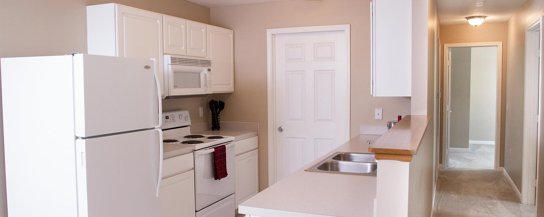LC New Albany Park | New Albany Apartments | Chase Kitchen
