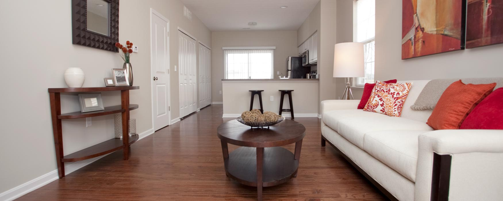 LC Preserve Crossing | Gahanna Apartments | Bentley II Living Room