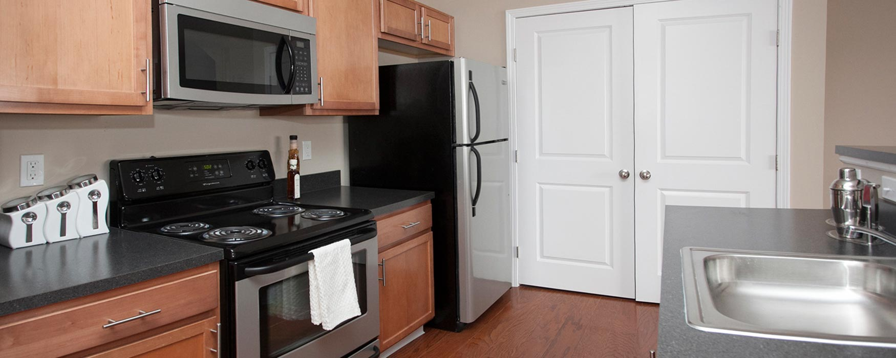LC Preserve Crossing | Gahanna Apartments | Bentley Flat Kitchen