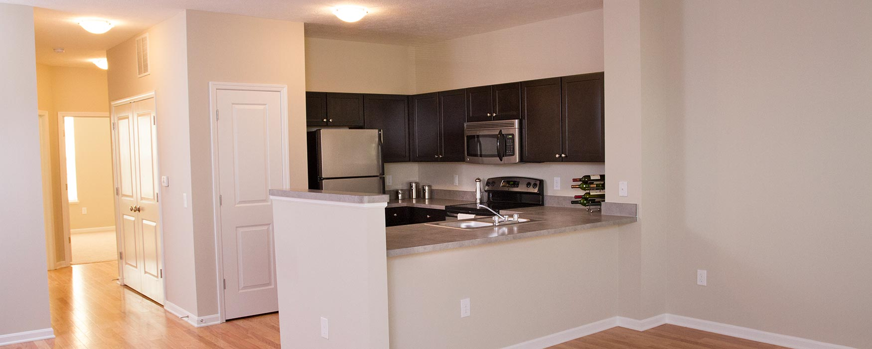 LC Preserve Crossing | Gahanna Apartments | Greystone II Kitchen