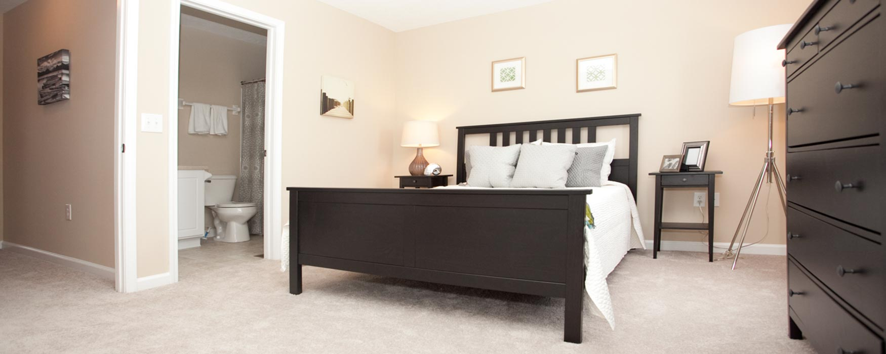 LC Preserve Crossing | Gahanna Apartments | Stansbury Town Bedroom