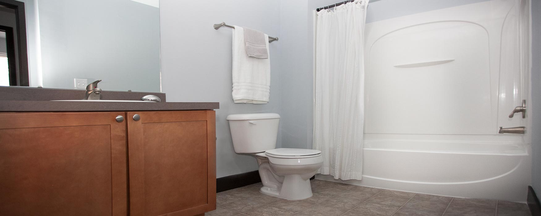 LC Riversouth | Downtown Columbus Apartments | Georgetown Bathroom