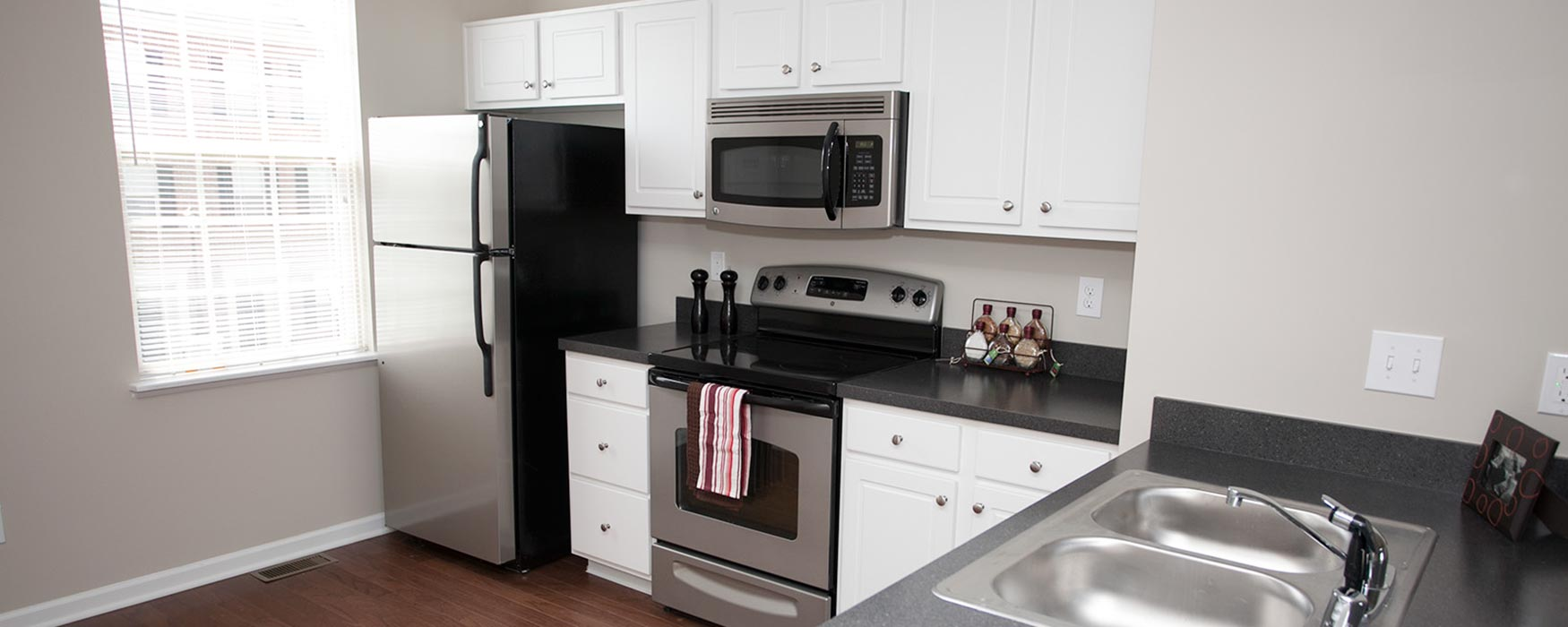 LC The Mill | Georgetown Apartments | Stansbury Town Kitchen